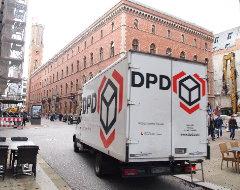 DPD Fahrzeug unterwegs