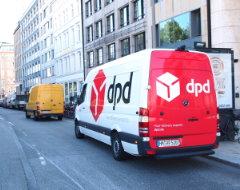 Lieferwagen von DPD, Ansicht seitlich Rückseite